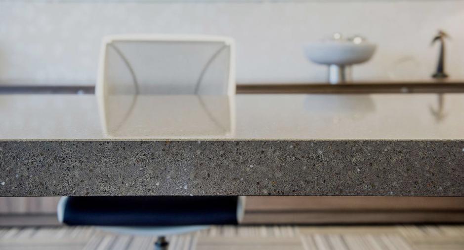 Comptoir de quartz par Granit Design